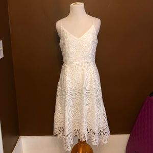 BNWT white crochet overlay dress size 6 US